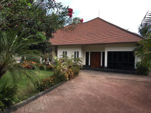 1.0.1 main entrance